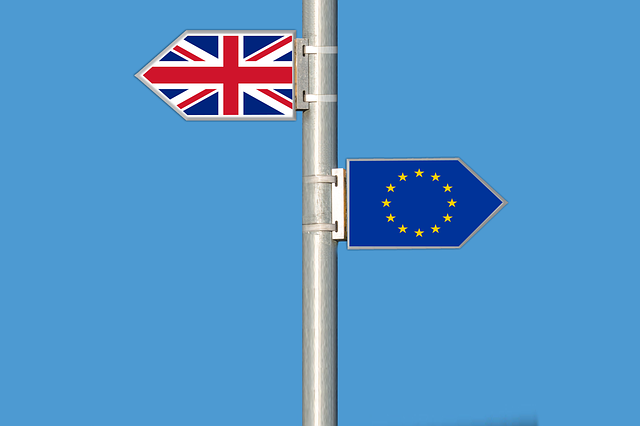 image of EU and UK pointing in opposite directions